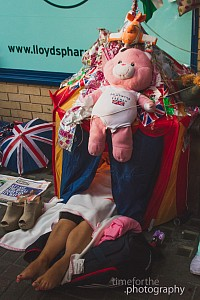 new prince to kate and william behind the scenes patriot pink teddy bear tent outside camping lindo wind st marys hospital
